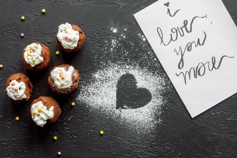 Concept de Dag cupcakes donkere van Valentine ` s hoogste mening als achtergrond vector illustratie