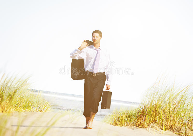 Concept de destination de Relaxation Holiday Travel d'homme d'affaires image libre de droits