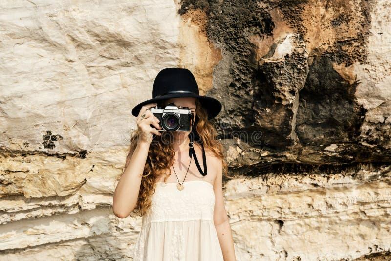 Concept de Focus Shooting Nature de photographe d'appareil-photo de fille images libres de droits
