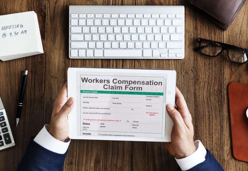 Concept de formulaire de réclamation de compensation de blessure de travail photos stock