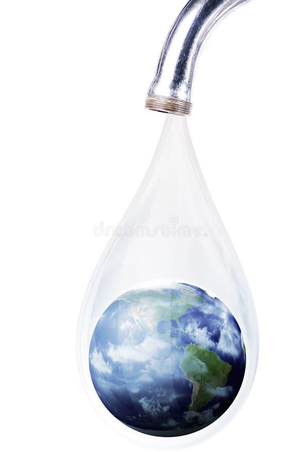 Concept de gaspiller l'eau de la terre image libre de droits