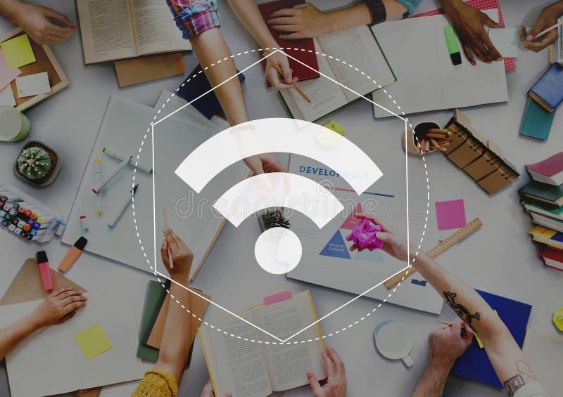 Concept de graphique de connexion réseau de WiFi d'Internet photos libres de droits