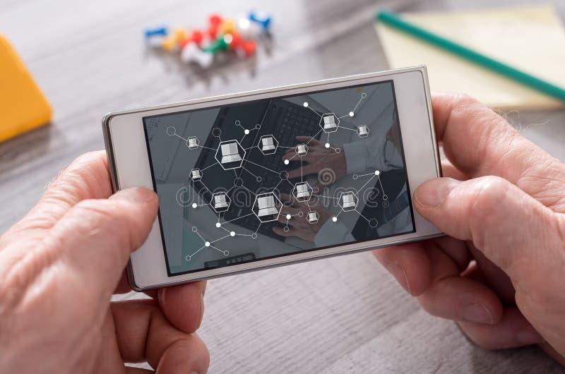 Concept de la connexion de dispositifs images stock
