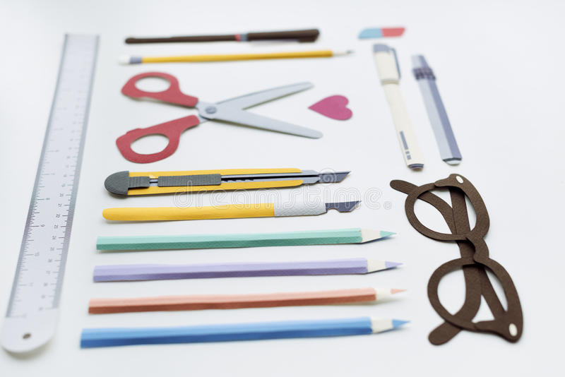 Concept de lunettes de règle de Pen Color Pencil Scissor Eraser photo stock