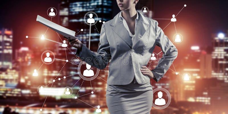Concept de mise en réseau moderne d'affaires qui se relient et coopèrent photos stock