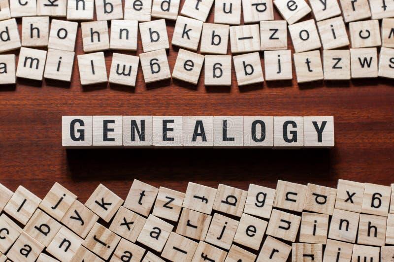 Concept de mot de généalogie sur des cubes photos stock