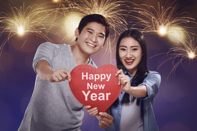 Concept de nouvelle année pour des couples images stock
