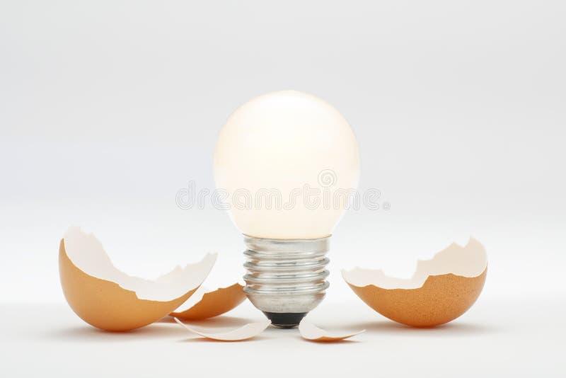 Nouvelle hachure lumineuse d'idée d'innovation photographie stock libre de droits