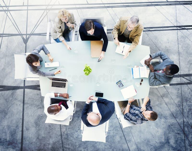 Concept de poste de travail de stratégie d'association de planification de séance de réflexion photo libre de droits