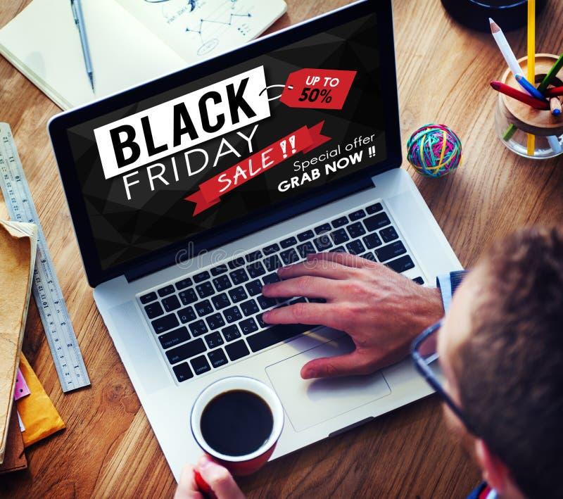 Concept de promotion des prix de remise de Black Friday demi photo libre de droits