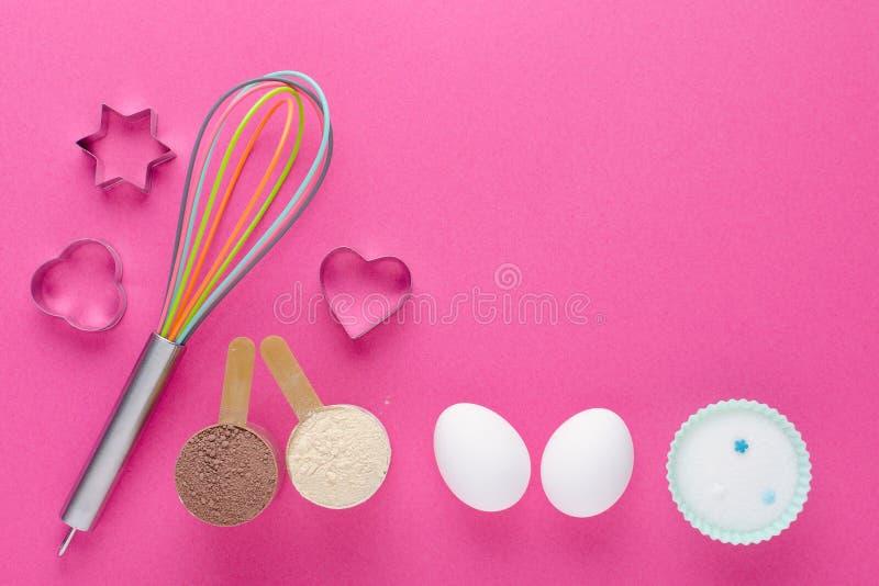 Concept de régime alimentaire, protéine de cuisson, erythritol ou xylitol de remplacement du sucre et oeufs pour la fabrication d photos stock