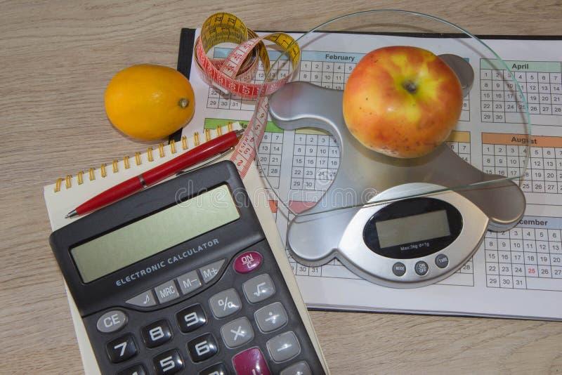 Concept de régime Régime faible en calories de légumes Régime pour la perte de poids images stock