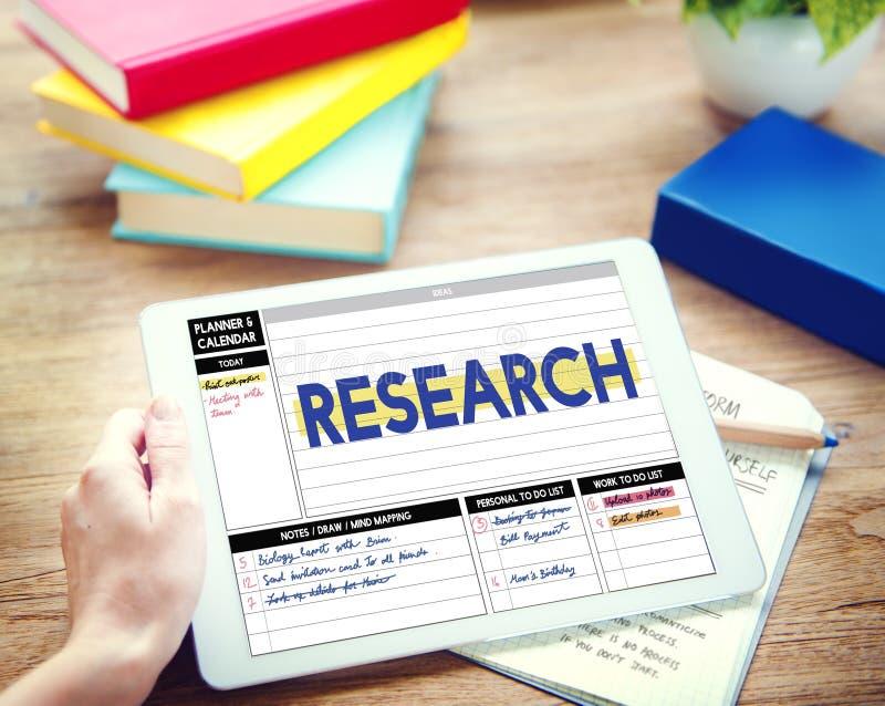 Concept de résultats de découverte d'exploration de rapport de recherche photos libres de droits