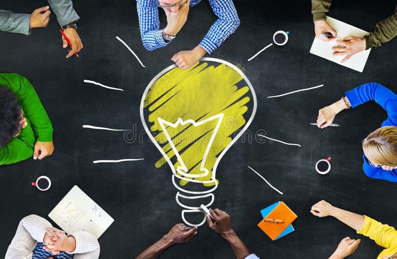 Concept de réunion d'étude d'intelligence de la connaissance de pensées d'idées photo libre de droits