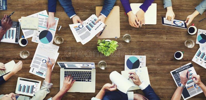 Concept de réunion d'affaires de comptabilité d'analyse des marchés photos libres de droits