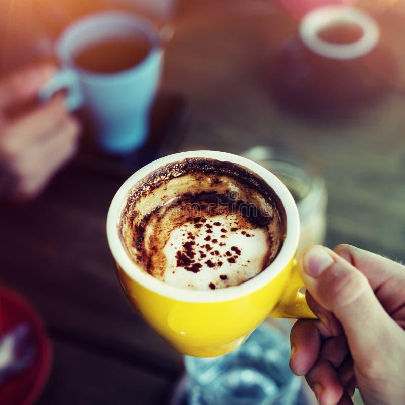 Concept de relaxation de mode de vie de loisirs de Bistros de café photographie stock libre de droits