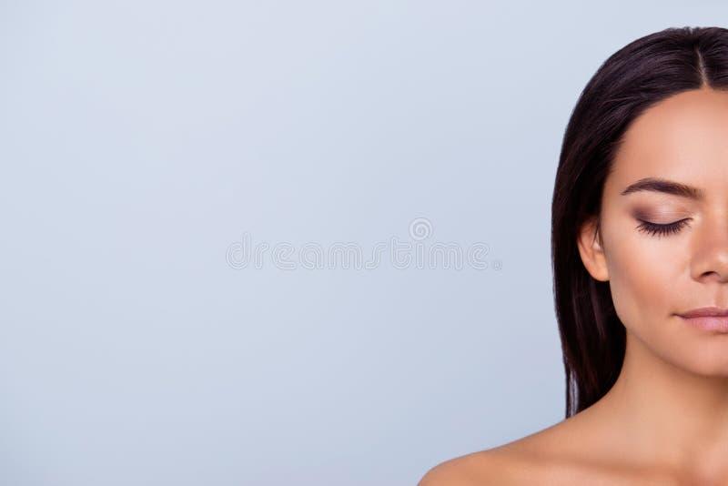 Concept de santé et de beauté, d'harmonie et de soin P cultivé demi par visage photographie stock