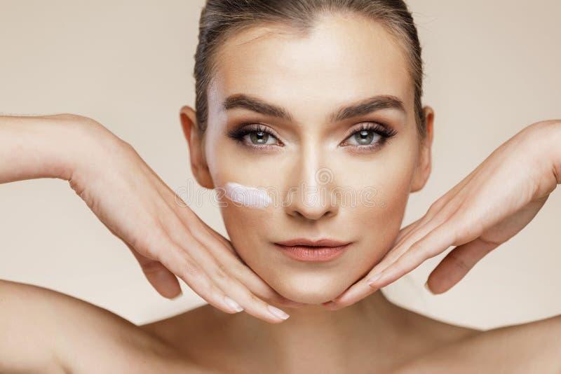 Concept de soins de la peau et de beauté photos stock