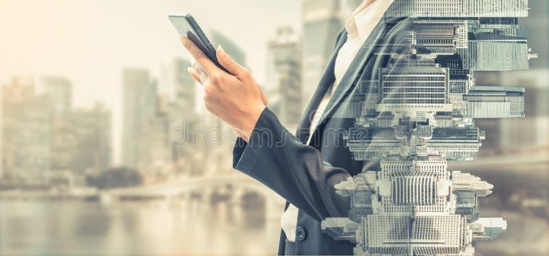 Concept de technologie de télécommunications de téléphone portable photographie stock libre de droits