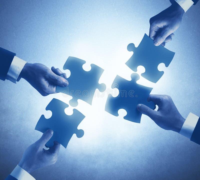 Concept de travail d'équipe et d'intégration images stock