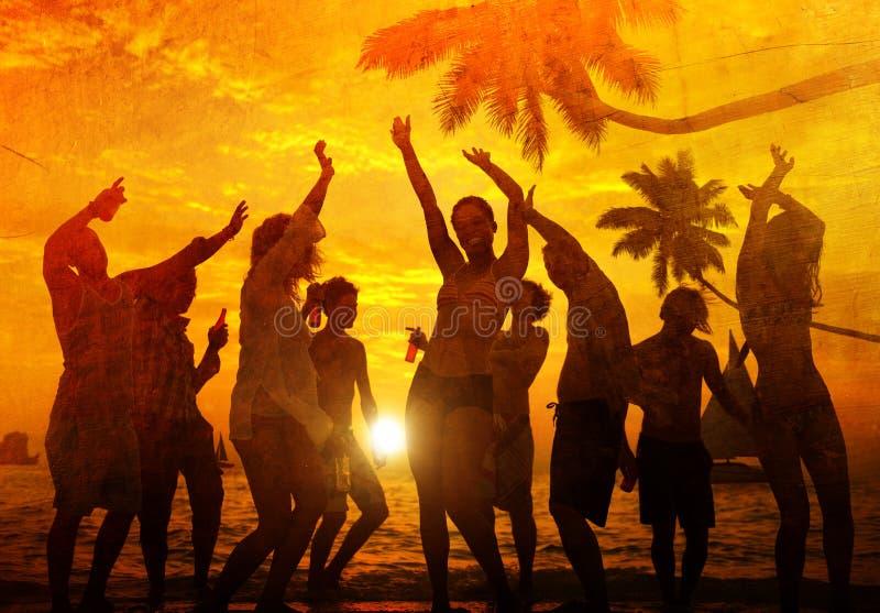 Concept de vacances de vacances d'été de partie de plage de célébration de personnes images stock