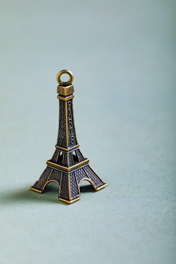 Concept de voyage, miniature de Tour Eiffel images libres de droits