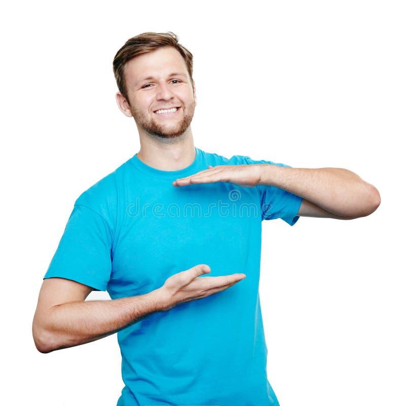 Concept desing de T-shirt de Bluet Jeune homme de sourire photo stock