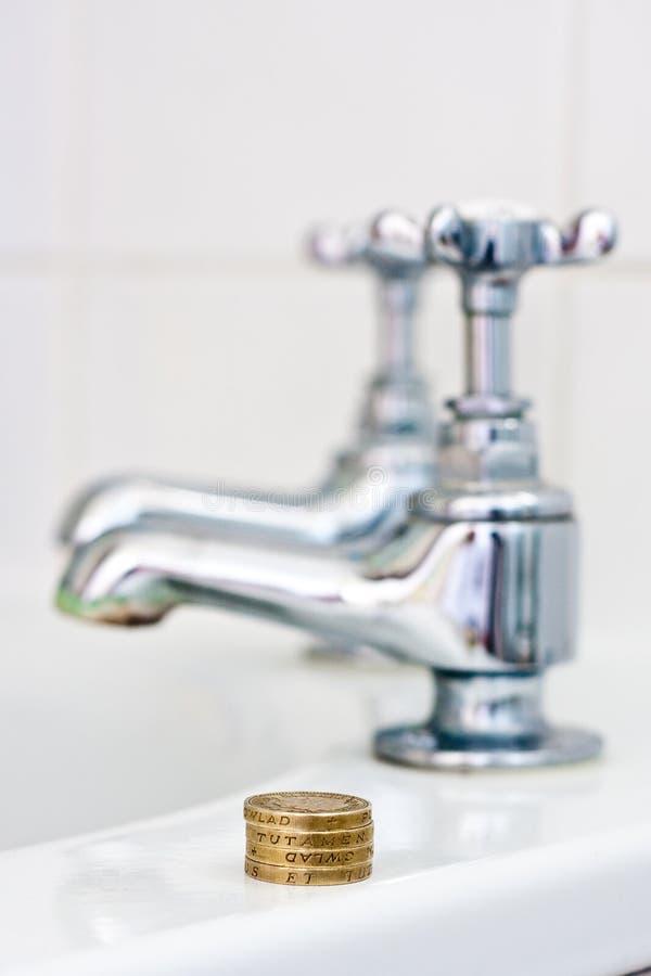 Concept du coût de l'eau image stock