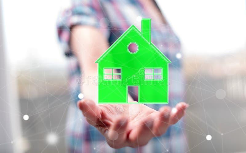 Concept eco vriendschappelijk huis stock afbeeldingen