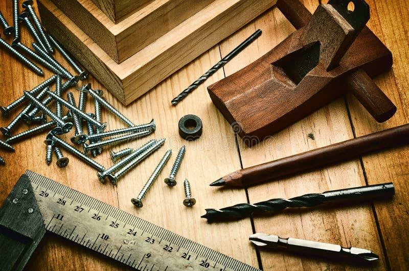 Concept fonctionnant en bois photos stock
