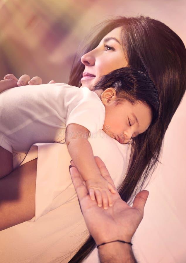 Concept heureux de condition parentale photos libres de droits