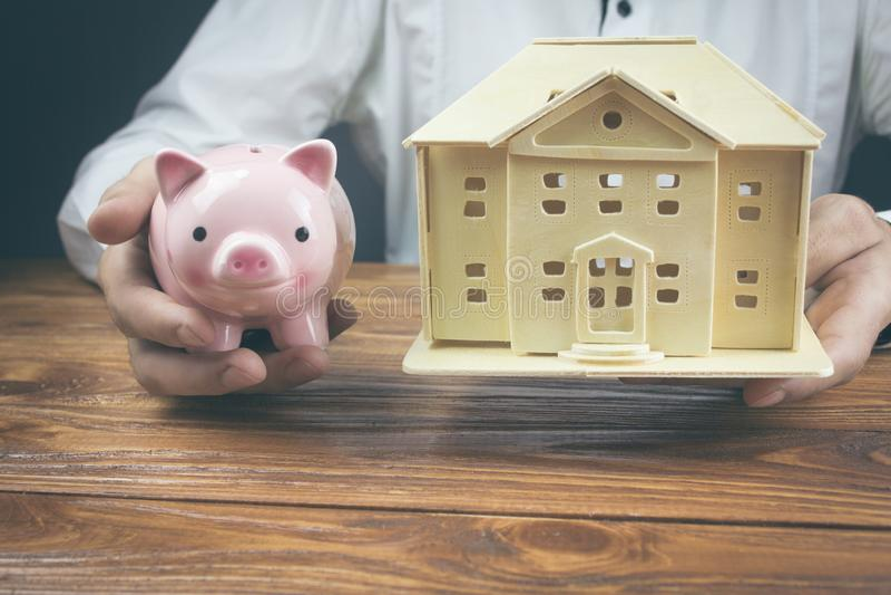 Concept hypotheek en besparingen stock foto's