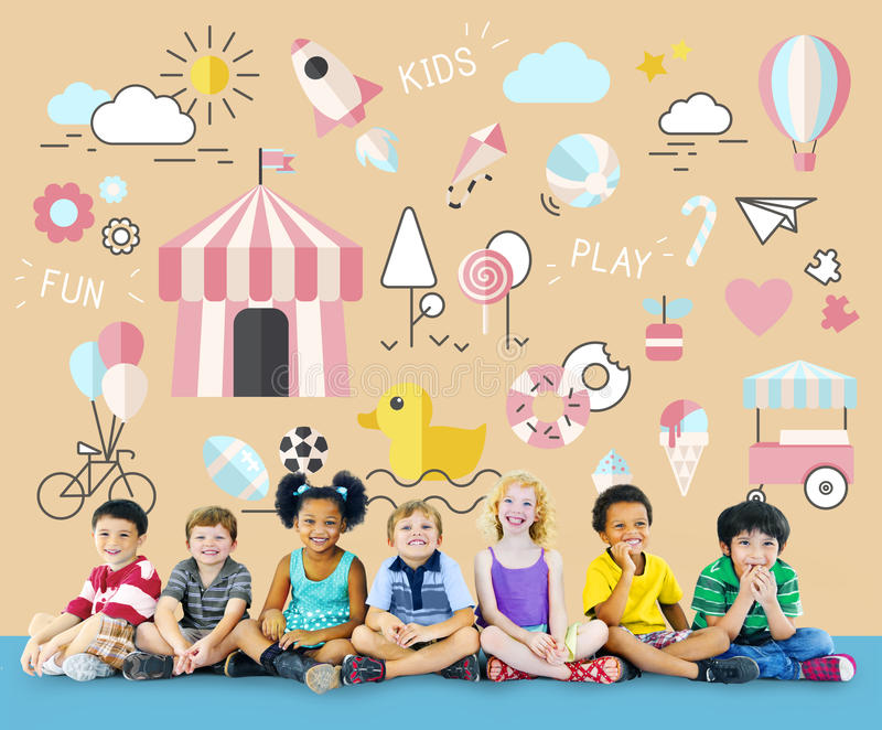 Concept innocent de jeunes d'amusement d'enfants d'enfants photo libre de droits