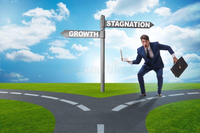 Concept keus tussen de groei en stagnatie royalty-vrije stock afbeelding