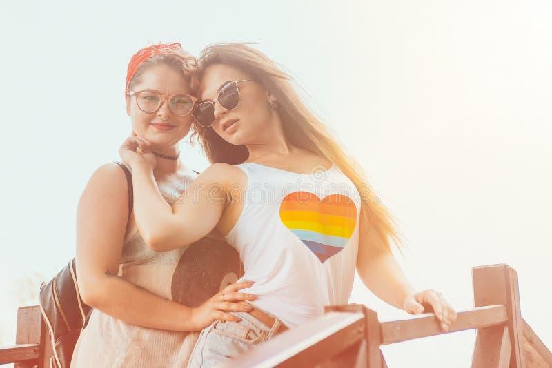 Concept lesbien de bonheur de moments de couples de LGBT images libres de droits