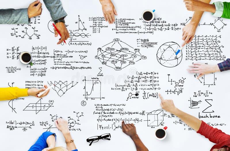 Concept mathématique de la géométrie d'équation de mathématiques de formule photos stock