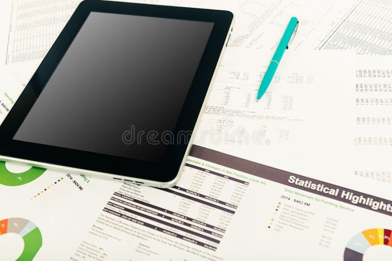 Concept moderne de technologie de lieu de travail de local commercial photographie stock libre de droits