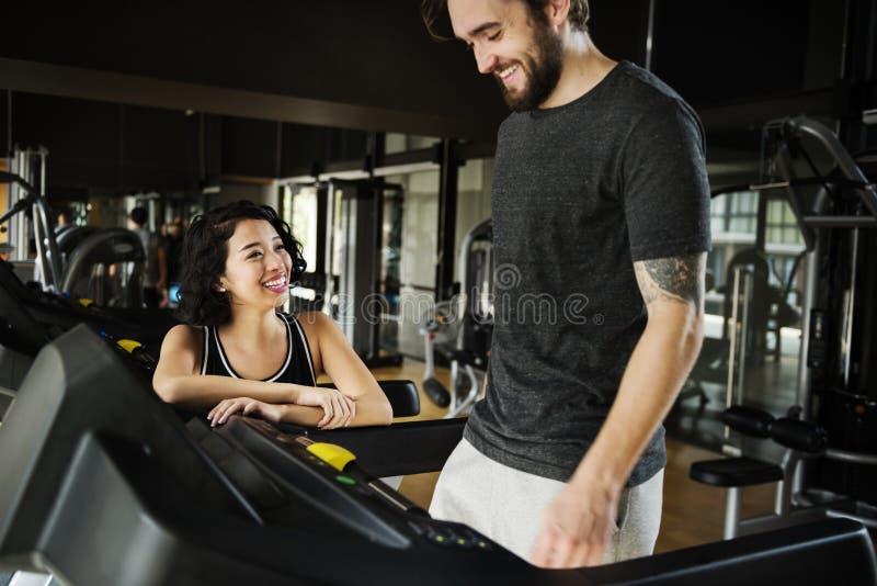 Concept musculaire de passe-temps de Sport-usage de couples de séance d'entraînement photo libre de droits