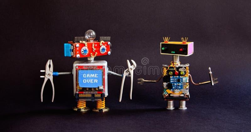 Concept robotique de réparation de service de maintenance Robots créatifs de bricoleur de conception, outils de tournevis de pinc photographie stock