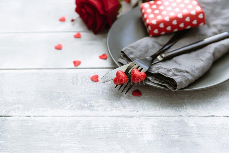 Concept romantique de dîner images stock