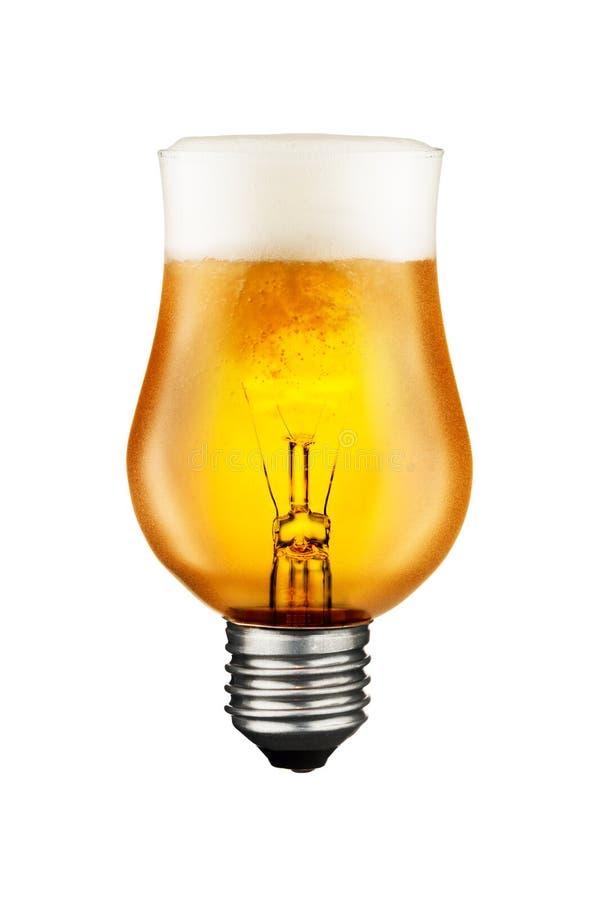 Concept rougeoyant d'idée d'ampoule en verre de bière photos libres de droits
