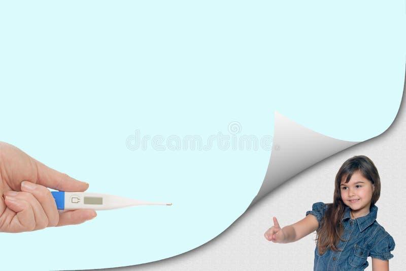 Concept sain de la vie avec peu de fille et thermomètre photos libres de droits