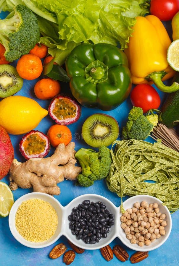 Concept sain de nourriture de vegan Fond de légumes fruits Vegeta photos stock