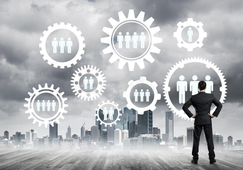 Concept social de connexion dessiné sur l'écran comme symbole pour le travail d'équipe et la coopération photographie stock