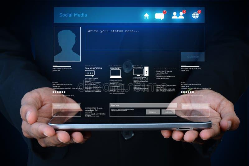 Concept social de réseau montrant la tablette photographie stock