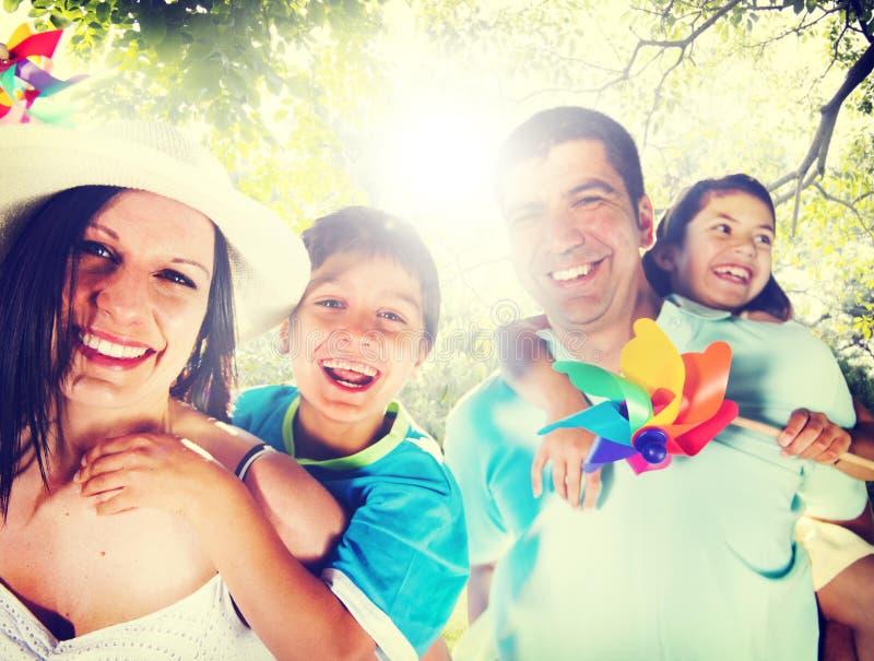 Concept van de de Reisvakantie van de familie het Speelse Vakantie royalty-vrije stock fotografie
