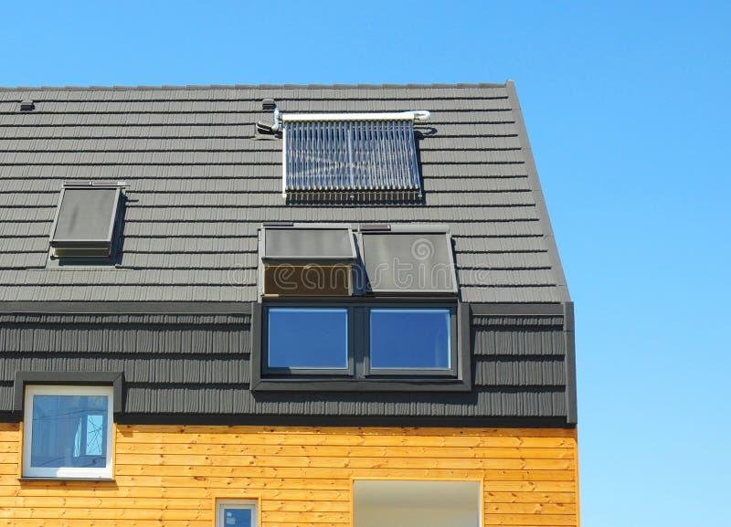 Concept van de energierendement het Nieuwe Passieve Woningbouw Close-up van royalty-vrije stock foto