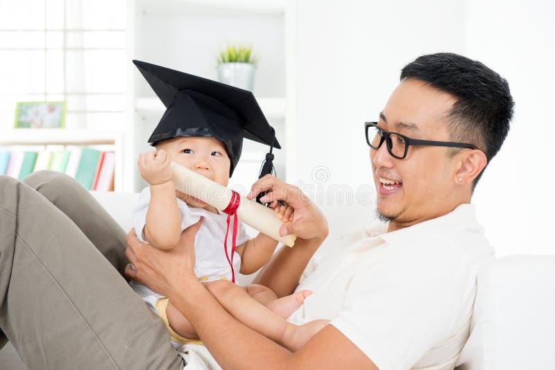 Concept van het baby het vroege onderwijs stock afbeeldingen