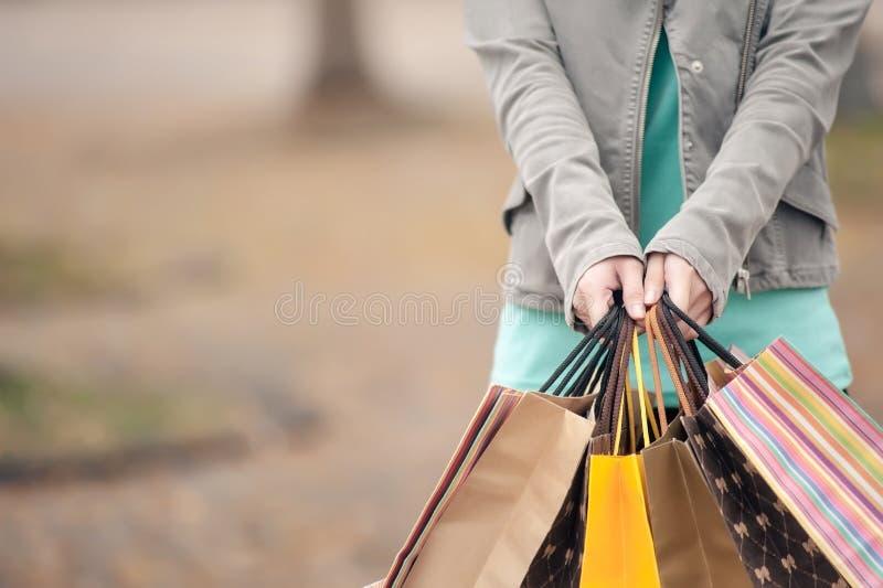 Concept vrouw het winkelen stock foto