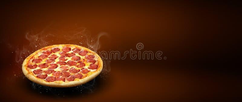 Concepten promotievlieger en affiche voor pizzeriamenu met de heerlijke pepperonis van de smaakpizza, mozarellakaas en exemplaarr stock foto's